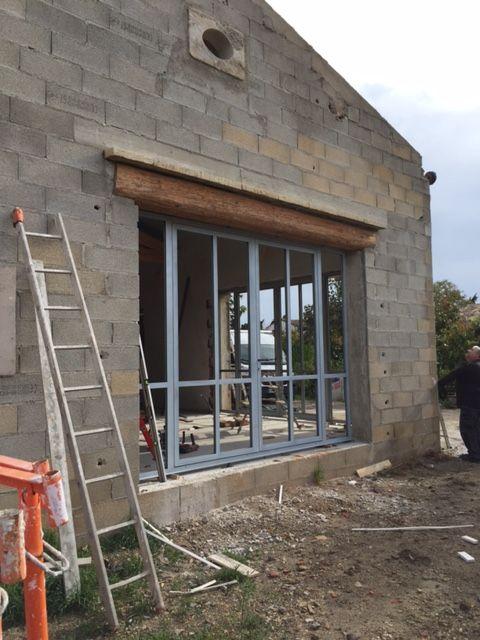 R novation de la fa ade en pierre de cette maison for Entreprise renovation facade